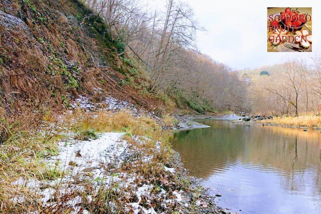 豊平川冒険2崖